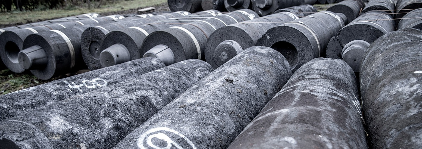 rolls of recovered graphite electrodes